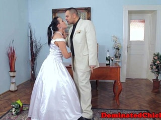 Chubby bride tormented after wedding | bridechubby