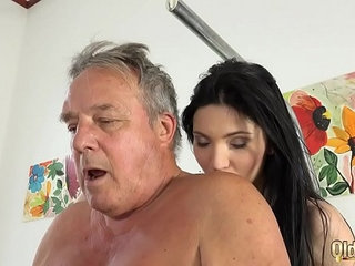 Grandpa at the doctor fucks hot young nurses in old young threesome porn | 3somedoctorgrandpanurseolderyoung