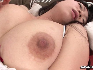 Asian babe uses her sex toy to get off like a nymph   asianbabetoys