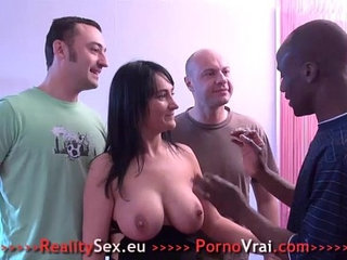 Gros seins Gang bang Sodo et Double penetration ! French amateur | doublefrenchgangbang
