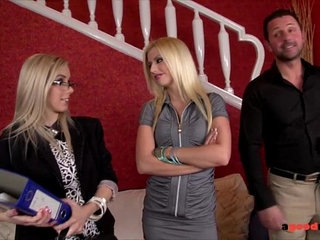 Slutty real estate agent fucks her clients to sell the property | agentslutty