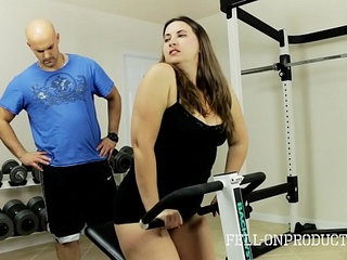 Workout stepmoms hot wet pussy in gym | gymstepmomwetworkout